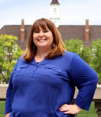 Amanda Cox, Professional Portrait Photo of Senior Assistant Director Career Counseling and Outreach