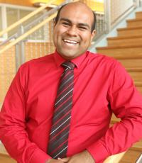 Professional Portrait Photo of Daniel Almanza, Assistant Director of Student Outreach