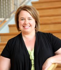 Professional Portrait Photo of Jenny Neef, Associate Director for Career and Professional Connections