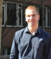 Professional Portrait Photo of Kevin Hoff, Research Assistant