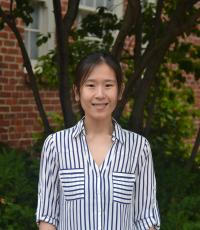 Professional Portrait Photo of Janny Chen, Research Assistant for Assessment and Research